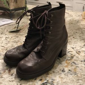 Leather brown lace up boots